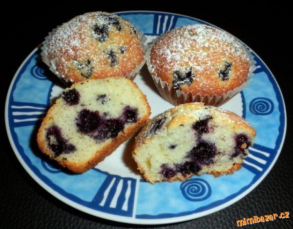Jednoduché muffiny s borůvkami
