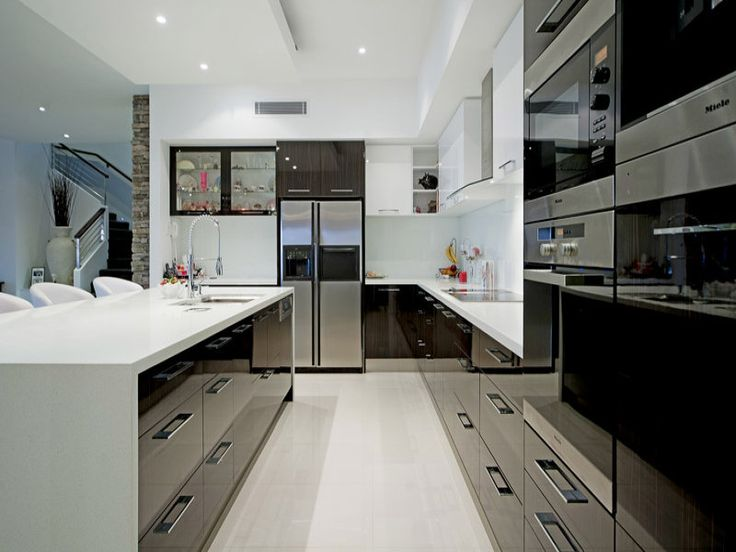 Genial Modern U Shaped Kitchen Design Using Stainless Steel   Kitchen Photo 1561682