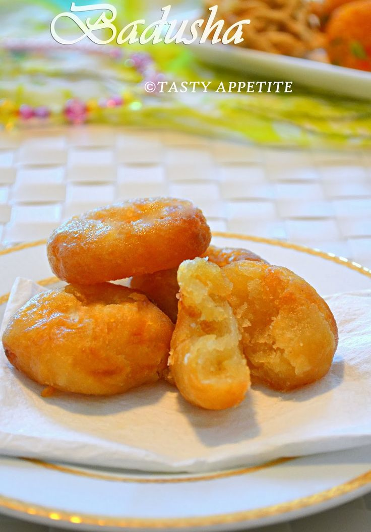 Badusha Sweet:   Like us on Youtube   for more Video Recipes      Hy Friends,   Today, I am coming with a special Sweet Badhusha.  This i...