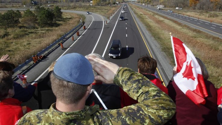 Canadian soldier salutes Cpl. Nathan Cirillo