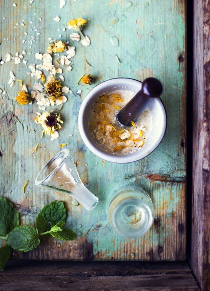 Homemade Face mask with Birch sap, Oats, Honey & Calendula / Ansiktsmask med…