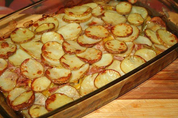 Culinary Notebook | Potatoes with bacon and zucchini | http://recipessea.com