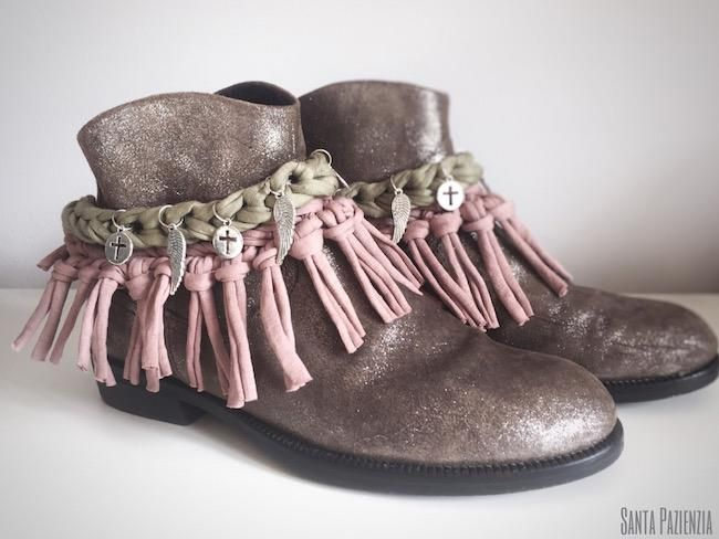 Decora tus botas o botines con trapillo