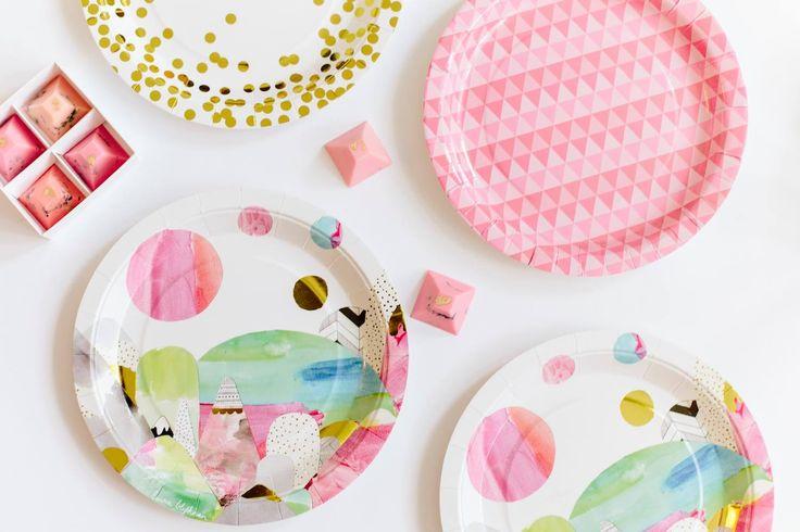 Laura Blythman, pink geo & gold confetti party plates.