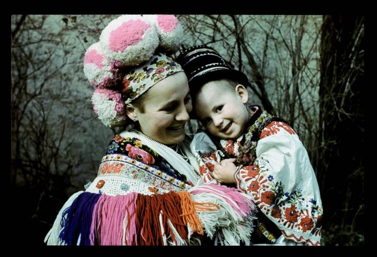 Matyo mother with son - Hungarian Folk