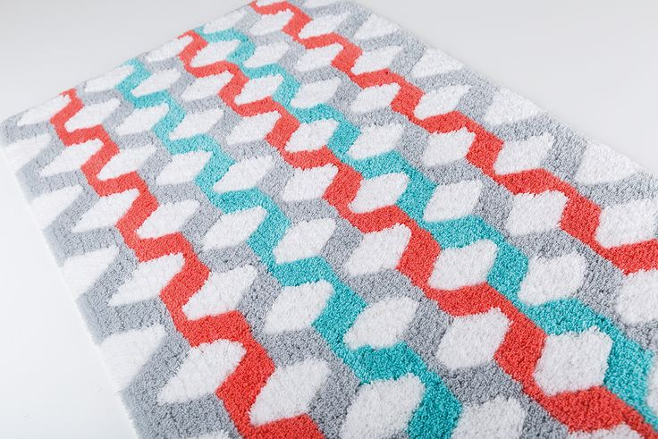 Cube bath rug. 100% cotton.
