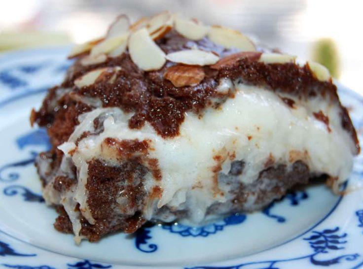 Yum... I'd Pinch That! | Easy Almond Joy Cake