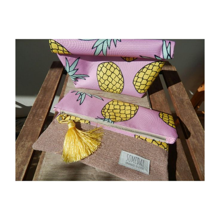 Someday summer bag with fresh pink Pineapples  Available as a clutch but also as a lunch bag !!!!