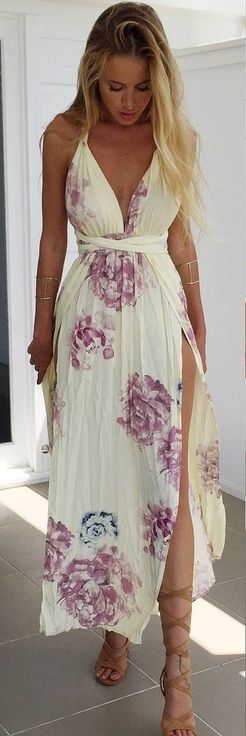 #summer #muraboutique #outfitideas | Stunning Floral Maxi Dress