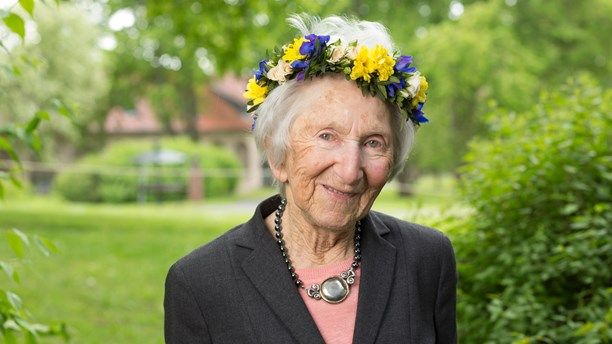 Sommarprat 2015 Hédi Fried - Hon överlevde koncentrationslägren och kom till Sverige. Både allvar och humor!