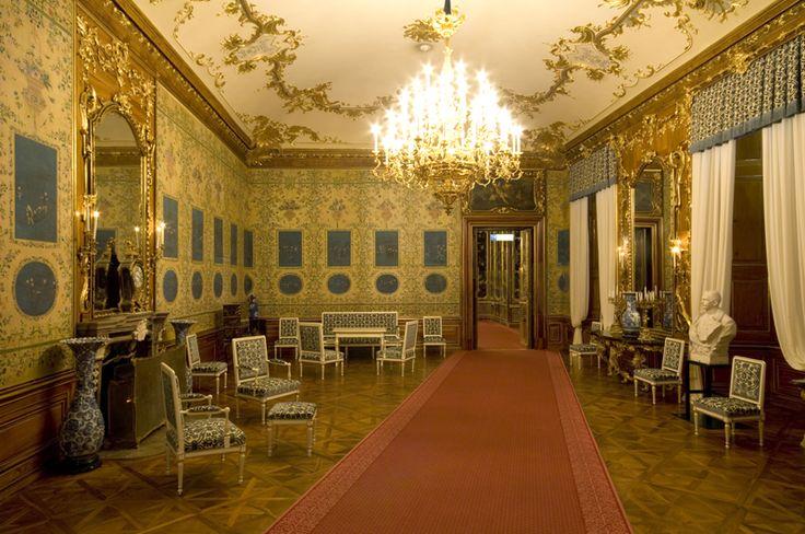 Blauer Chinesischer Salon - http://www.schoenbrunn.at/wissenswertes/das-schloss/rundgang-durchs-schloss/blauer-chinesischer-salon.html
