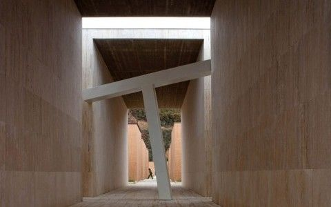 Extension of Gubbio Cementery by Andrea Dragoni
