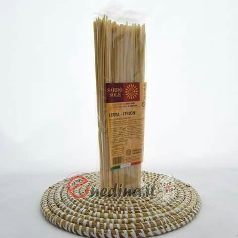 Spaghetti di semola di grano duro sardo di alta qualitá. Sardegna. Shop online enedina.it