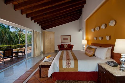 Если вы ищете роскошные сьюты в Пуэрто-Вальярте, обратите внимание: в нашем отеле Каса Велас вас ждет именно то, что нужно: изысканное оформление, современный мексиканский стиль, эксклюзивные виды с террас и первоклассное оборудование в номере...