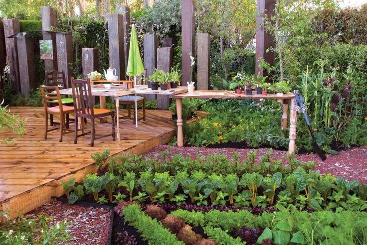 Grow a kitchen garden to enjoy safe, flavorful and nutritious homegrown food. Photo by judywhite/GardenPhotos.com    Read more: http://www.motherearthnews.com/organic-gardening/kitchen-garden-zm0z11zalt.aspx#ixzz2FLvu8ZBg