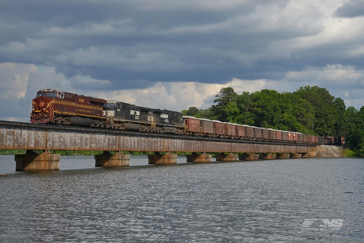 Alabama Division train 137 crosses Lake Martin near Alexander City, Alabama, with the Pennsylvania heritage unit leading. 137 operates daily along the Central of Georgia district from Macon, Ga., to Columbus, then into Birmingham, Al.