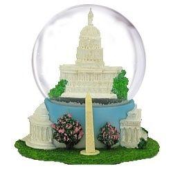 NYCwebStore.com - Washington DC Musical Snow Globe, $36.99 (http://www.nycwebstore.com/washington-dc-musical-snow-globe/)