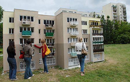 Macieja Kuraka's scale models of Polish concrete blocks are a powerful commentary on the compartmentalisation, standardisation and homogeneity of Polish soviet architecture.