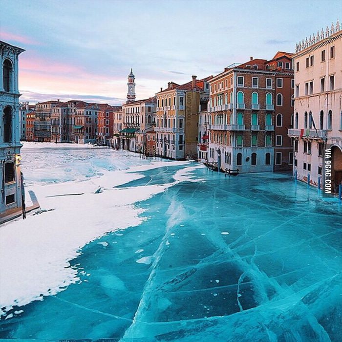 Frozen canals of Venice - 9GAG