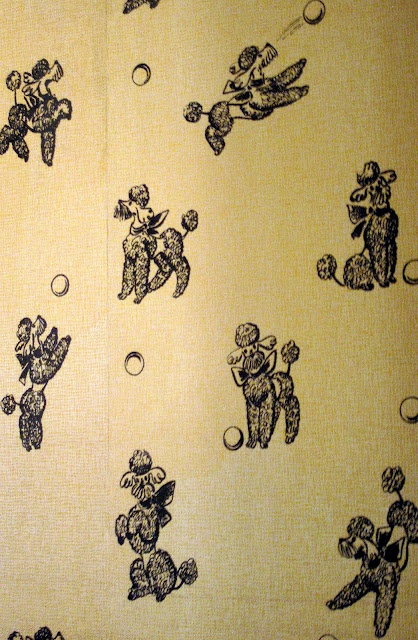 the wallpaper in the bathroom at Graceland