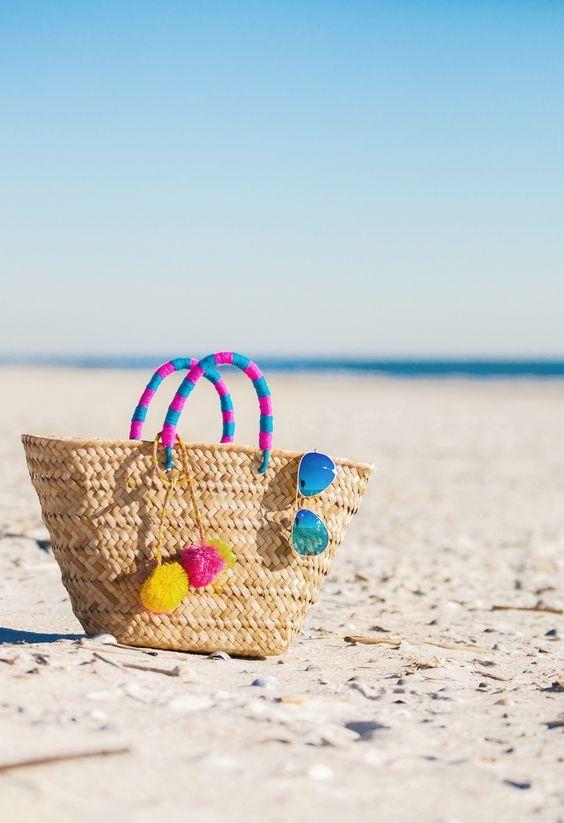 #Beach #Bags: #Leve #tudo #lá #dentro | #BeachBags #summer #trendy #sacosdepraia #acessório #indispensável #look