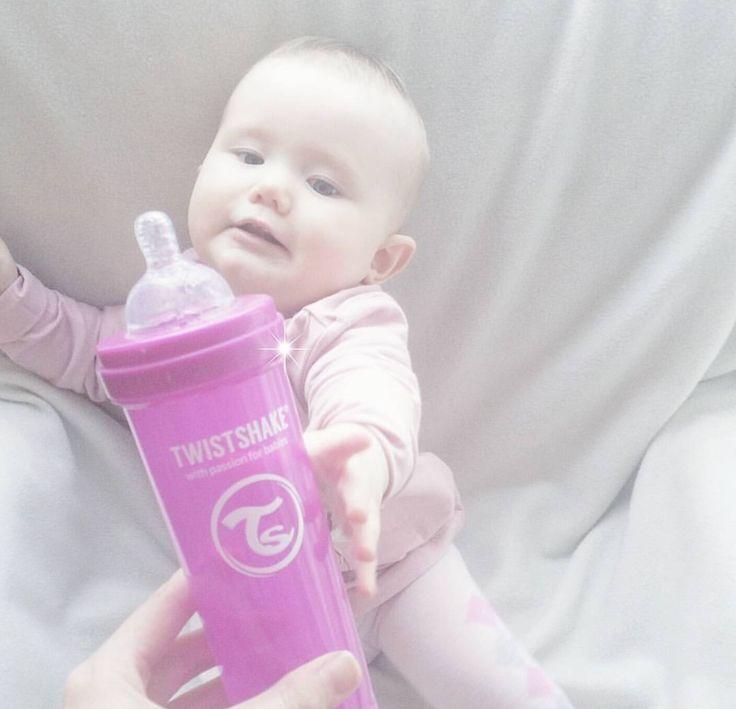 Give me my Bestie! #twistshake #babies