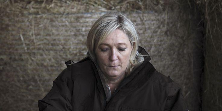 """France. Marine Le Pen, Nicolas Bay et David Rachline visés dans une enquête pour """" financement illégal de campagnes électorales """". Avril 2015."""