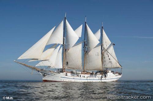Sailing ship 'Grossherzogin Elisa' by apu9r IMO 5309413