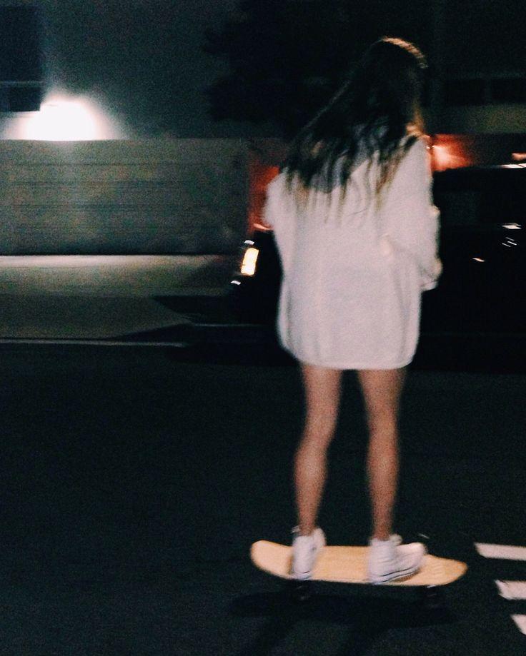 Faz um vídeo a andar de skate amor dani deu like e comentou : Vou fzr obg pela sugestão babe ❤