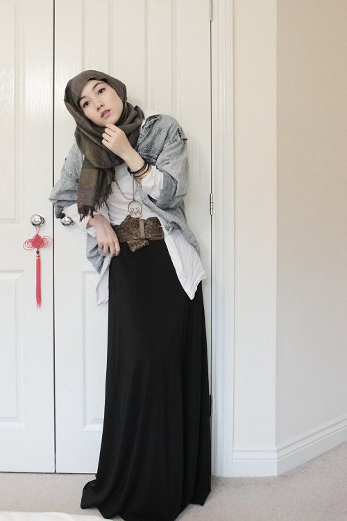 belt design in hijab outfit