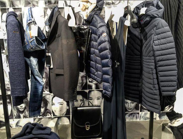 #buongiorno UN GIRO IN CENTRO DI MATTINA? #jeans da bilanciare con la #giacca e #piumino STRETCH RIGOROSAMENTE OPACO oppure JEANS PIUMINO CORTO E #cappottino SOPRA #BORSA obbligatoriamente nera! Adesso ti aspetta marsilistore.com PER LA SCELTA DELLE #scarpe !  #FreeShipping