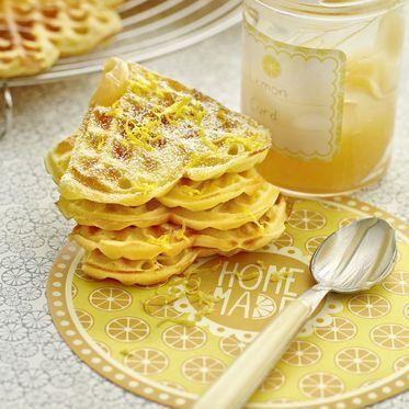 Zitronen-Schmand-Waffeln