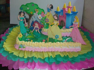Christian Rodríguez   Tortas y Gelatinas Decoradas, Pasapalos, etc: ¨ Torta de Princesas ¨