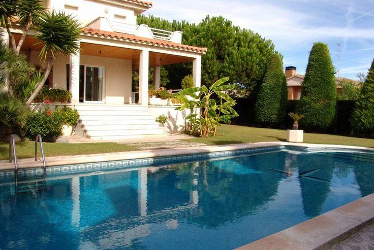 8 best Kies Honeymoon Villa\u0027s in Spanje images on Pinterest