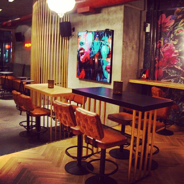 """MOUFA"" cafe bar / Athens"