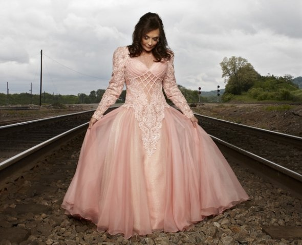 A report from the second concert of Loretta Lynn's 2012 tour