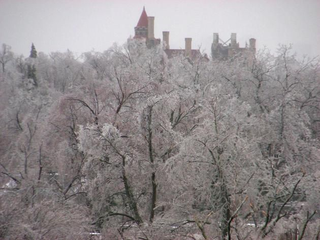 A Twitter image of the ice storm in Toronto on Dec. 22.