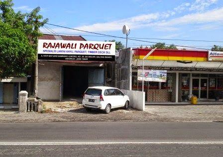 Dekorasi Rumah Pedesaan Mewah dan Ekslusif dengan lantai vinyl | Lantai Kayu Parquet Surabaya
