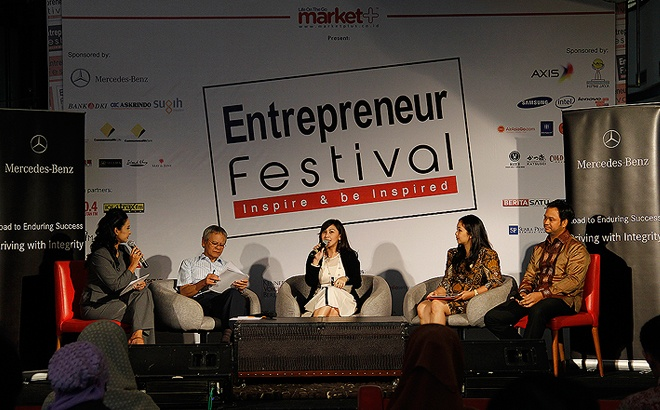 """Driving with Integrity"" >> Inspiring Talk-show with Mercedes-Benz Indonesia @ Entrepreneur Festival 2013"