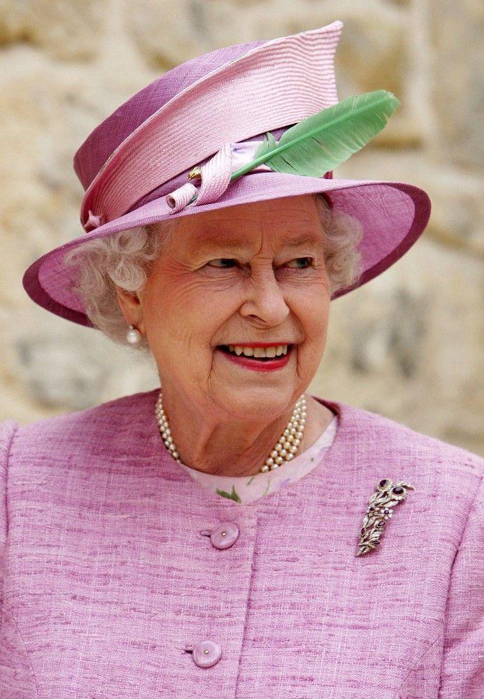 Queen Elizabeth, June 22, 2011 Philip Somerville hat, Stewart Parvin coat