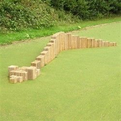 stepping snake: Low level, critical fall height of below 1m and can be installed into grass. Delivered in 50 Parts.