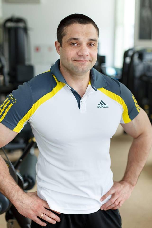 """#фитнес #минск """"Персональный тренер подберет необходимое количество повторений и подходов с учетом особенностей клиента и его целей, а также всегда подстрахует при выполнении сложных упражнений. """" - Сергей Филипеня."""
