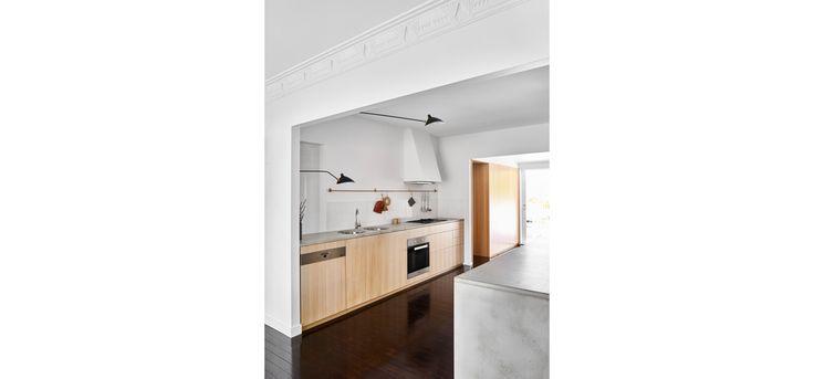Monash Rd House, Tarragindi, Zuzana&Nicholas Architects, Brisbane House Renovation, Kitchen and Bathroom, Concrete Benchtops, Timber Cabinetry