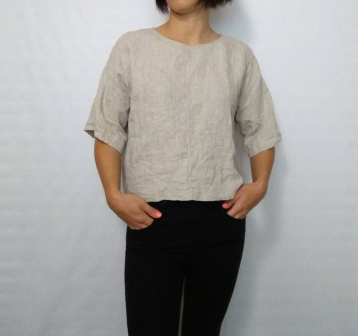 Womens linen  tshirts, grey linen top Round Neck loose T-shirt short sleeves Linen Shirt,natural Blouse for heat,casual Linen women clothes by SHMOTKA on Etsy https://www.etsy.com/il-en/listing/564274801/womens-linen-tshirts-grey-linen-top