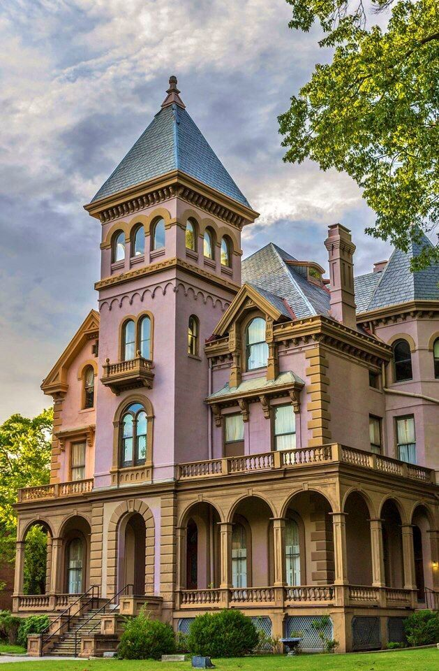1000 images about victorian homes inside out on for Amazing houses inside and out