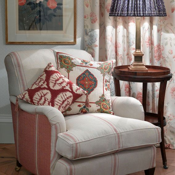 fabrics Faded floral print with Ottoman Embroideries