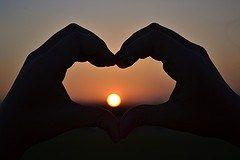 Zacznij kochać http://iwilwarin.wordpress.com/2014/10/27/zacznij-kochac/