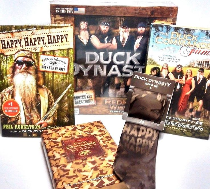 Duck Commander Lot of 5 ~ Game ~ Devotional ~ Neck Tie ~ Two Books ~ NEW