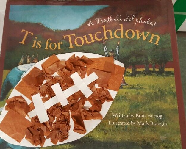 Perfect book & craft for a football theme in the Fall! Just have kids glue brown tissue paper to a football shape cut out of a paper plate, and then help them glue on the stitching!