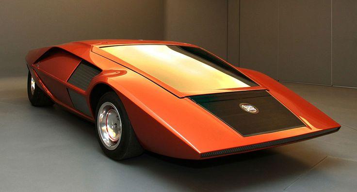 1970 Lancia Stratos HF Zero. So futuristic design already in 1970.
